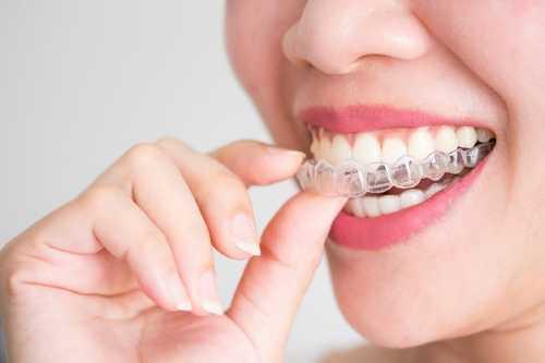 骨質疏鬆患者是否適合種牙