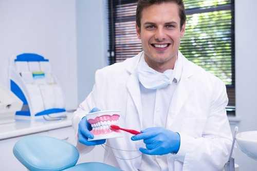 定期看牙醫做什麽